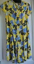 New Dress Yellow  floral size 6 bnwt  rrp is £18