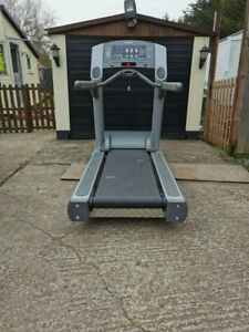 LIFE FITNESS 95ti TREADMILL - Commercial or Home Gym