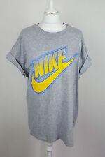 VINTAGE Retrò rinnovo urbano Grigio da Uomo Nike Sport Atletica T-shirt girocollo in buonissima condizione UK L