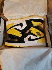 Size 11 Men - Air Jordan 1 Mid SE Yellow Toe Black - Tour Yellow - White