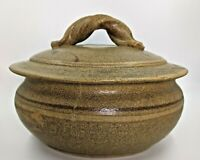 """Large Vintage 8"""" 56-Ounce Studio Pottery Covered Bowl, Casserole Dish, VG Cond."""