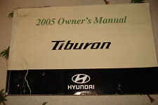 2005 HYUNDAI TIBURON OWNERS MANUAL ** TORN BUT REPAIRED WITH TAPE FRONT COVER **