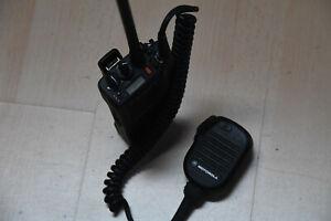 Motorola GP900 FuG 11b 2m BOS Handfunkgerät mit externem Mikrophon - MwSt