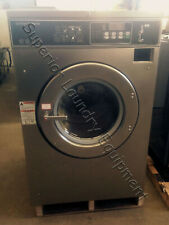 Speed Queen SC40NC2 Washer-Extractor, 40Lb, Coin, 220V, 3Ph, Reconditioned
