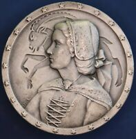 Swiss Switzerland 1955 Traditional Costumes medal *[15476]
