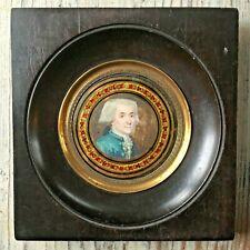 18th century Portrait Miniature of a man, c.1780, verre églomisé frame, eglomise