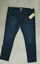 TRUE RELIGION GENO ROLLING WATER RELAXED SLIM FIT JEANS