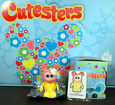 Disney Vinylmation Cutesters 1 Cupcake Mint With Box Foil and Card