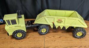 Vintage Mighty Tonka Bottom Dump Truck.  Green