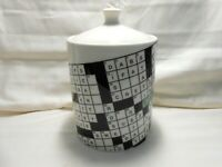 Rare!! New York Times Crossword Puzzle by Fishs Eddy Medium Canister Unused w1s7