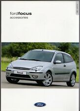 Ford Focus Accessories 2001-02 UK Market Foldout Sales Brochure 3dr 5-dr Estate