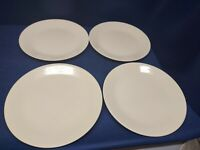 Corelle by Corning Solid Almond Set/4 Dinner Plates Very Nice!