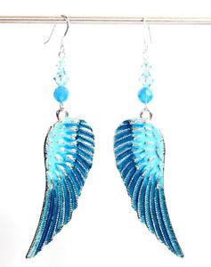 Ohrringe mit Swarovski® Kristallen hell-blau + Metall Flügel GROSS + Schmuck Box