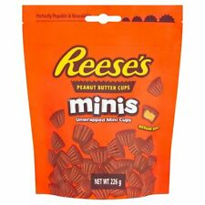 Reeses Pieces Mini Peanut Butter Cups Pouch 226g American Candy