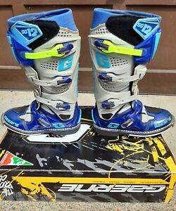 MX BOOTS SIZE 8 GAERNE SG12
