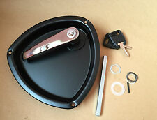 Locking Lever Handle with Recessed Pan / Dish for Horsebox, Trucks, Trailers