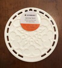 """White"" LE CREUSET 8"" Round French Trivet Silicone Potholder Hot Pad NWT"