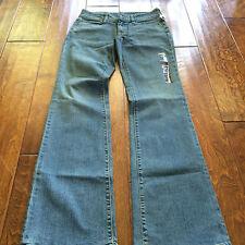 "NWT Gap curvy 1969 jeans, 27"" X 31""low rise , boot cut Juniors 1R  jean ,stretch"