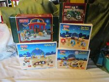 Fisher Price Little People Xmas Drummer Boy Nativity Manger Inn Wise Shepherds