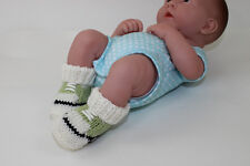 KNITTING INSTRUCTIONS-BABY'S FIRST BASKETBALL BOOTS BOOTIES KNITTING PATTERN