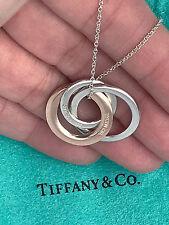 Tiffany & Co Argento Sterling & rubedo 1837 Collana con pendente cerchi ad incastro