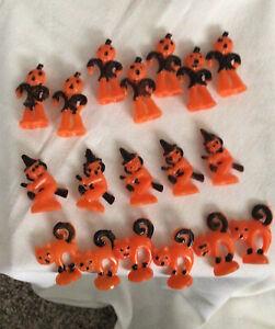 Lot VTG 18 HALLOWEEN PLASTIC Blow Mold Cat Witch, Pumpkin Scarecrow. Cupcake