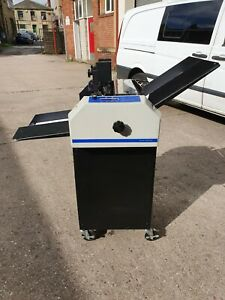 Graphic Whizzard 6000 Numbering, Perforating Machine