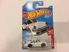 Hot Wheels - 2018 Then and Now #2/10 - Porsche 934 Turbo RSR - White