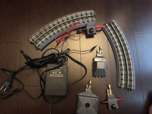 MTH Z-500 Transformer Power Unit With 2 Lock On 2 Tracks & Remote Realtrax