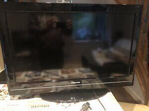 Toshiba 32KV501B LCD TV
