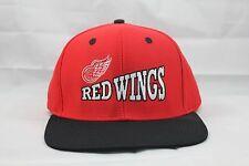 NHL DETROIT RED WINGS SNAPBACK HAT.
