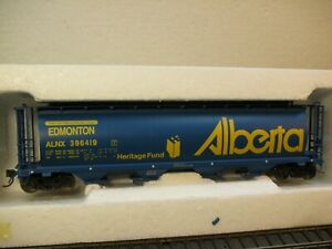 HO SCALE INTERMOUNTAIN CYLINDRICAL HOPPER VISIT EDMONTON PWRS SPECIAL RUN MINT