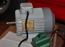MOTORE ELETTRICO ASINCRONO TRIFASE HP 1,5 KW 1,1 - 2800 GIRI - CON INTERRUTTORE