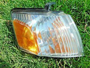 02-04 Isuzu Axiom Corner Turn Signal Marker Light Lamp RH Passengers Tested OEM