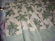 "Green Floral Valance w checkered hem 49"" w 18"" drop 100% cotton"