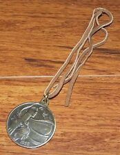 Disney Spirit Of Pocahontas Stage Show Medallion Limited Edition Necklace *READ*