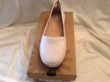 Ugg Australia 'Sauvie' Round Toe Slip On Shoes Ivory Flat (Women Size 11)