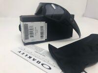 NEW Open Box  Mens Oakley Gascan Sunglasses Matte Black l Grey 03-473