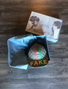 """Gucci """"NOT"""" Baseball Hat Cap Size L Rare Sold Out"""