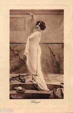 BE049 Carte Photo vintage card RPPC Femme Danses Antiques Regina Badet Chrysé