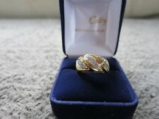 Bague 2 ors et diamants./  ring in 2 gold, yellow and white18k with diamonds.