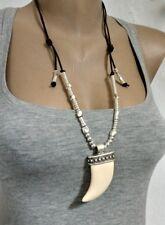 Collar de cuero, Gargantilla encantos  Colgantes cuerno Necklace , shop 50 y uno