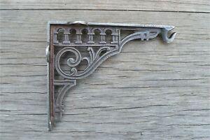 Victorian style cast iron wall hanging basket hook bracket light bracket SLB1