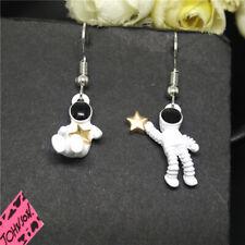 Hot Betsey Johnson White Enamel Cute Astronaut Star Stand Earrings Gift