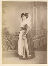 Grèce, Costume de Corfou  Vintage albumen print. Greece, Corfu costume  Tirage