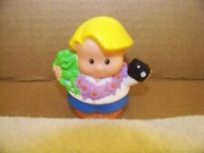 Fisher Price Little People Eddie Tourist Vacation Camera Hawaii Lei 2001