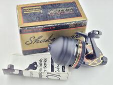 1 New Boxed Shakespeare 1810 II - Vintage Black Japan Spincasting Reel [R15]