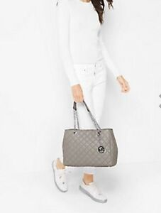 NWT Michael Kors Susannah Large Quilted-Leather Tote/Shoulder Bag in Pearl Grey