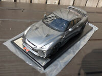 1:18 TARMAC LIMITED EDITION 164 of 252 RESIN 2017 NISSAN GT-R R35 NISMO CAR TOY