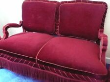 Hübsche kleine Gründerzeit-Sitz-Garnitur - 1 Sofa / 2 Sessel - neuwertig weinrot